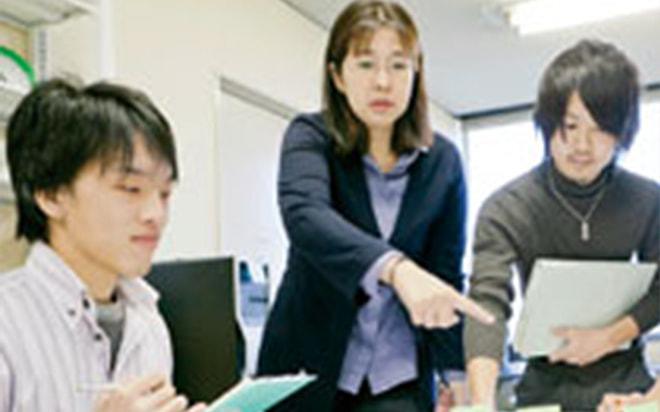 池内淳子先生の記事が日本経済新聞に掲載