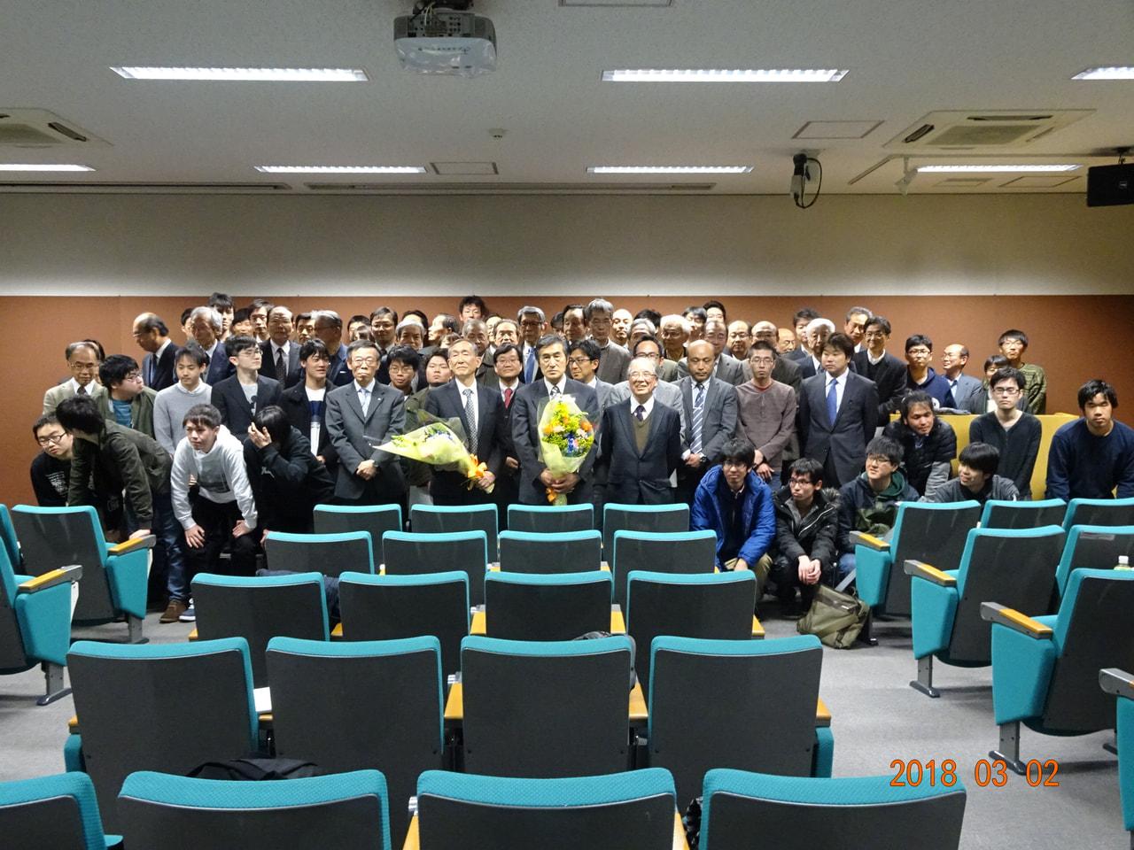 上谷先生の最終講義を行いました